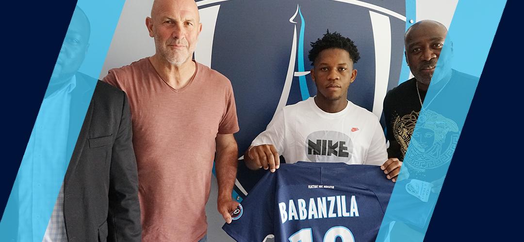 Meshak Babanzila signe un contrat stagiaire