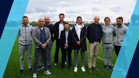 Corine Diacre au Groupe ADP – Centre d'entrainement Paris FC