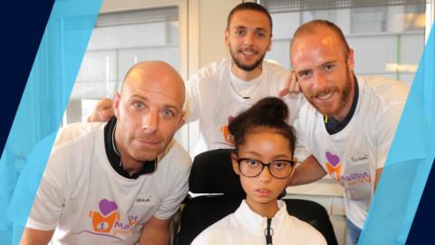 Le Paris FC en visite à l'hôpital Trousseau