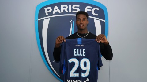 Franck Ellé Essouma signe au Paris FC